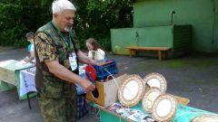 Narodnyie_promysly_roshcha_16.JPGУвлекательные мастер-классы по народным промыслам прошли в Ельниковской роще  Ельниковская роща