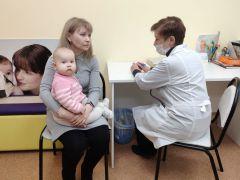 Когда начинать прикорм? Как малышу правильно спать? На все подобные вопросы ответит врач-педиатр.  Фото автораВо имя детской жизни Реализация нацпроектов