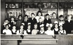 Obrubova_001_1991_ghod_cr.jpgКогда учителя были молодыми... 5 октября — День учителя