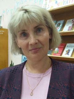 """Ольга Протасова, директор МБУ """"Библиотека""""Читать – не перечитать Территория культуры"""