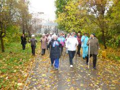 По тропе здоровья. Фото Светланы ОЛИВАНОВОЙПрогулялись  по-скандинавски скандинавская ходьба