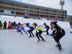 В Новочебоксарска впервые прошли  открытые соревнования по конькобежному спорту «Крещенское  созвездие»