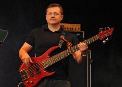 Paviel_Usanov.jpg 6 февраля бас-гитарист «Любэ» Павел Усанов встретится с новочебоксарцами Павел Усанов Любэ