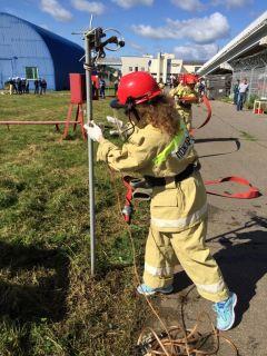 Перед тушением - заземлитьНа Чебоксарской ГЭС прошли соревнования пожарных-добровольцев РусГидро