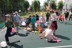 Подарки детямЧебоксарская ГЭС открыла спортплощадку в детском отделении противотуберкулезного диспансера РусГидро