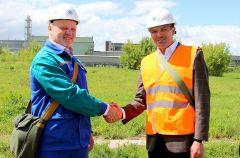 """И так же, как когда-то возник наш город, в 2022 году на месте, поросшем бурьяном, вырастет цех по производству пероксида водорода за 5,6 млрд рублей. Фото пресс-службы ПАО """"Химпром""""Город высоких технологий Реализация нацпроектов"""
