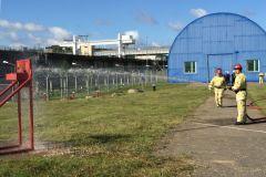 Поражение мишени струей водыНа Чебоксарской ГЭС прошли соревнования пожарных-добровольцев РусГидро