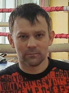 тренер новочебоксарской спортшколы № 1 по боксу Сергей ДугинРинг определил сильнейших