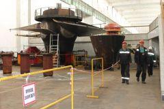 Рабочее колесо гидротурбины N 4 на монтажной площадке Чебоксарской ГЭСНа Чебоксарской ГЭС начали замену статора еще одного гидрогенератора РусГидро