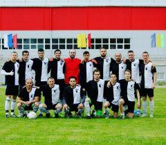 Фото автораНа Центральном стадионе имени А.Г.Николаева состоялся первый в этом году футбольный матч