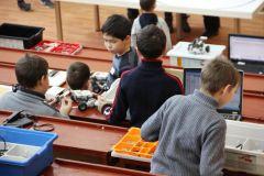 «Ростелеком» поддержал юных робототехников на фестивале «РобоФест» в Чувашии Филиал в Чувашской Республике ПАО «Ростелеком» робототехника