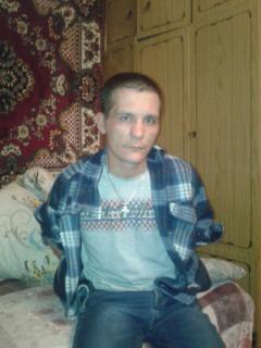 Подозреваемый в мошенничестве Солонин Денис Борисович, 1984 г. р.Продолжаются поиски сбежавшего из отдела полиции Новочебоксарска подозреваемого  побег