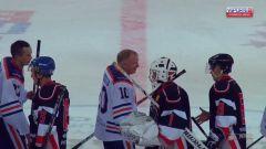 Рукопожатие после игры«Молния-РусГидро» завоевала второе место в дивизионе «Дебют»  Объединенной корпоративной хоккейной лиги РусГидро