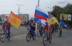 SDC15974.JPGБольшой бал велосипедистов солнце на спицах бал велосипедистов