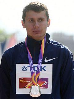 Сергей Широбоков.Выиграли медали  меньшим числом легкая атлетика