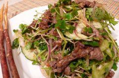 Мясной салат по-тайскиЛетние рецепты Семейный стол