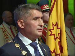 Клянусь верно служить чувашскому народу Глава Чувашии Олег Николаев