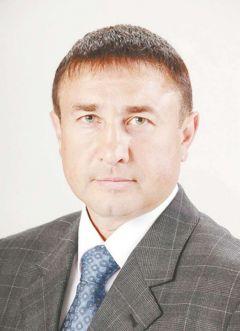 Андрей Семенов, председатель городского Совета отцов, депутат Новочебоксарского городского СобранияМатчество вместо отчества на злобу дня Матчество