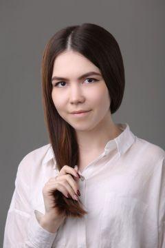 Софья СеменоваСофья Семенова: Все только начинается Визитная карточка