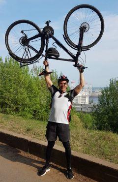 Сергей ЛюбимовГидроэнергетики Чебоксарской ГЭС подержали Всероссийскую акцию  «На работу на велосипеде» РусГидро