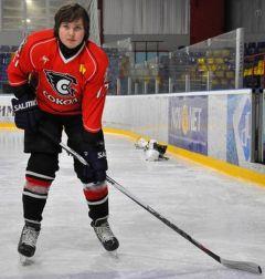 Sierghiei_syn_cr_cr.jpgСемья — хоккейная команда семья Международный день семьи