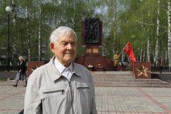 """Виталий Сергеев:  """"Я не мог не прийти в этот день к Вечному огню"""".Поклонимся великим тем годам День Победы 75 лет Победе"""
