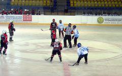 """Фото Остапа Перкова""""Сокол-98"""" вышел на первое место хоккей ХК Сокол"""