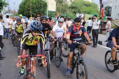 Старт велопробега независимости Индии.Велопробег Независимости Индии. Репортаж с веломероприятия в г. Джамму велопробег
