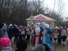 Tieriem_06.JPGВ Новочебоксарской Ельниковской роще открылся Терем Деда Мороза Терем Деда Мороза Новый год 2016