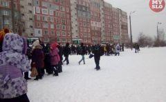 В Туле эвакуируют детей из школ и больницВ Чебоксарах массовая эвакуация учеников из школ