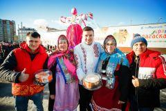 Фабрика «СМАК» поздравила горожан с «Масленицей» Кондитерская фабрика Смак Масленица