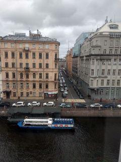 Вид из окна Главного штаба. Познать невозможно. Можно только наслаждаться и удивляться Тропой туриста Поехали!