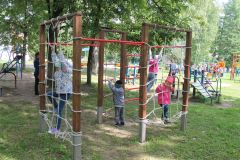 Веревочный комплексЧебоксарская ГЭС оборудовала игровую площадку в социально-реабилитационном центре для несовершеннолетних РусГидро