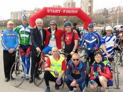 Ветераны и тренерыПусть всегда будет солнце  на спицах! велосипед