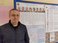 ВоробьевКандидаты мониторят ситуацию на участках Чувашии Выборы - 2021