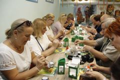 Для посетителей в музее проводят мастер-классы по росписи игрушек. В Клин — за новогодними чудесами! Тропой туриста #Узнаём Россию вместе