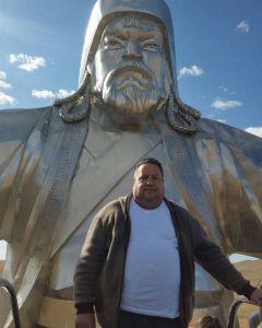 alieksieiev_5.jpgВиктор Алексеев:  Настоящий монгол  каждый год шьет новый наряд