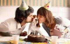 Фото с сайта april-knows.ruСовременная семья: муж, жена и собака Молодая семья без детей