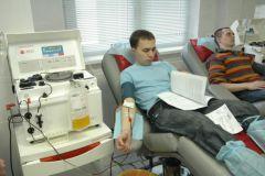 avtodonor.jpgАвтомотодоноры сдали около 14 литров крови донорство Авто-МотоДонор
