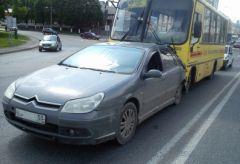 bYo9yZij3Z-400x270.jpgЖитель Самарской области угнал автобус в Чебоксарах и попал в ДТП Чебоксары ДТП автобус