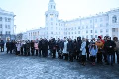В Чебоксарах почтили память погибших при пожаре в Кемерове Кемерово траур