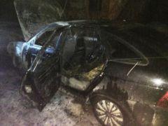 В Марпосаде загорелся не эксплуатировавшийся две недели автомобиль