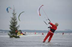 Деды Морозы пытались летать. Фото автораДеды Морозы не летали. А должны были! активный отдых
