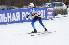 На «Рождественскую гонку» вышли около 200 лыжников