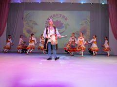 """В Чебоксарах состоялся фестиваль """"Семицветик""""В Чебоксарах состоялся III Межрегиональный фестиваль национальных культур """"Семицветик"""" Дом дружбы народов"""