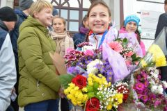 На малой родине победительницу первенства мира Веру Лоткову тепло встретили друзья по СШОР-10, наставники, близкие.Пришла и выиграла! самбо