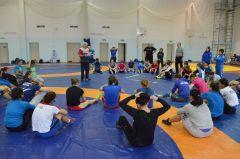 В Чебоксарах впервые проходят тренировочные сборы основной и молодёжной команд России по женской вольной борьбе Кубок мира по вольной борьбе