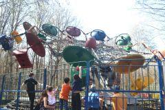 Ельниковская роща приглашает новочебоксарцев и гостей города на открытие летнего сезона1 мая в Ельниковской роще Новочебоксарска состоится открытие летнего сезона Ельниковская роща 1 мая