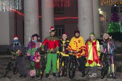 Костюмированным велопробегом отметили Новый год  в Канаше Новый год-2018