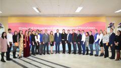 Участники открытого форума сделали снимок на память. Фото cap.ruМолодежный форум «Пространство возможностей» впервые прошел в Чувашии форум Молодежь